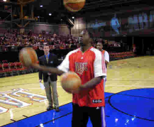 Odhiambo at 2008 All-Star Game