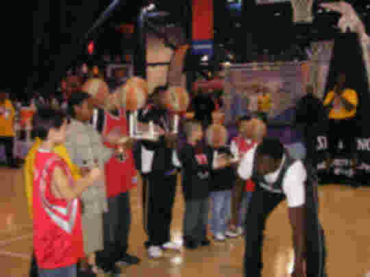 Odhiambo NBA All-Star Game 2006