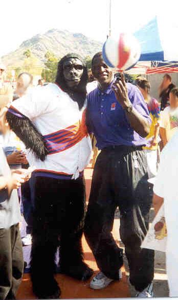 Odhiambo Suns Pregame Show 2004